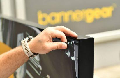System tkanin napinanych Light Box Czarna rama aluminiowa Reklama podswietlana