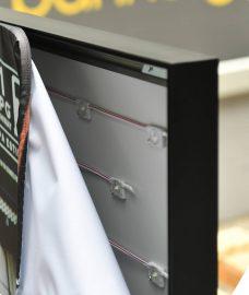 System tkanin napinanych Light Box Rama reklamowa podświetlana detale