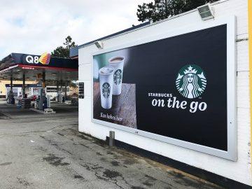 Rama reklamowa model Wall Slim - podświetlana reklama Front Light Realizacja dla Starbucks